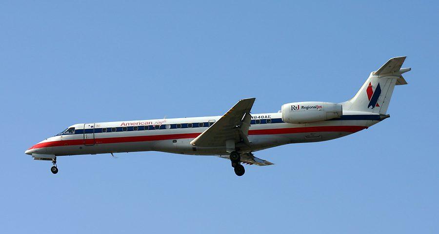N848AE, American Eagle, Embraer 145