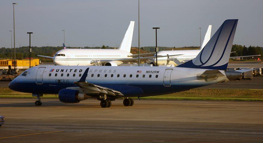 N652RW, United, Embraer 170