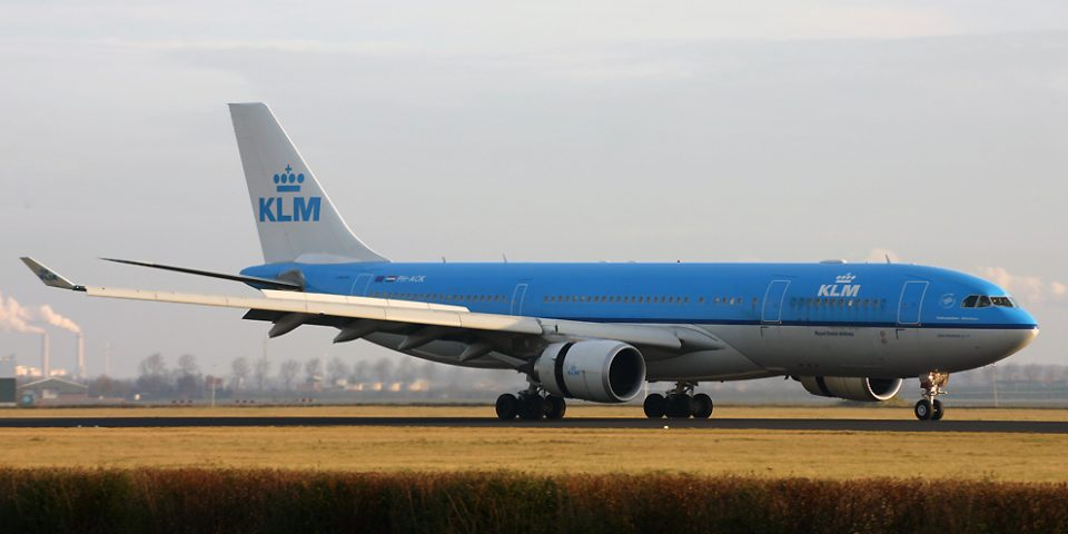 PH-AOK, KLM, A330-200