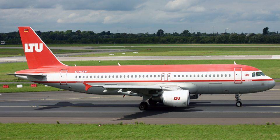 D-ALTF, LTU, A320