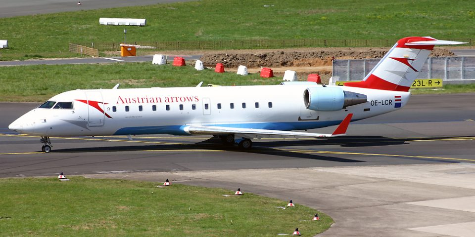 OE-LCR, Austrian, CRJ-200