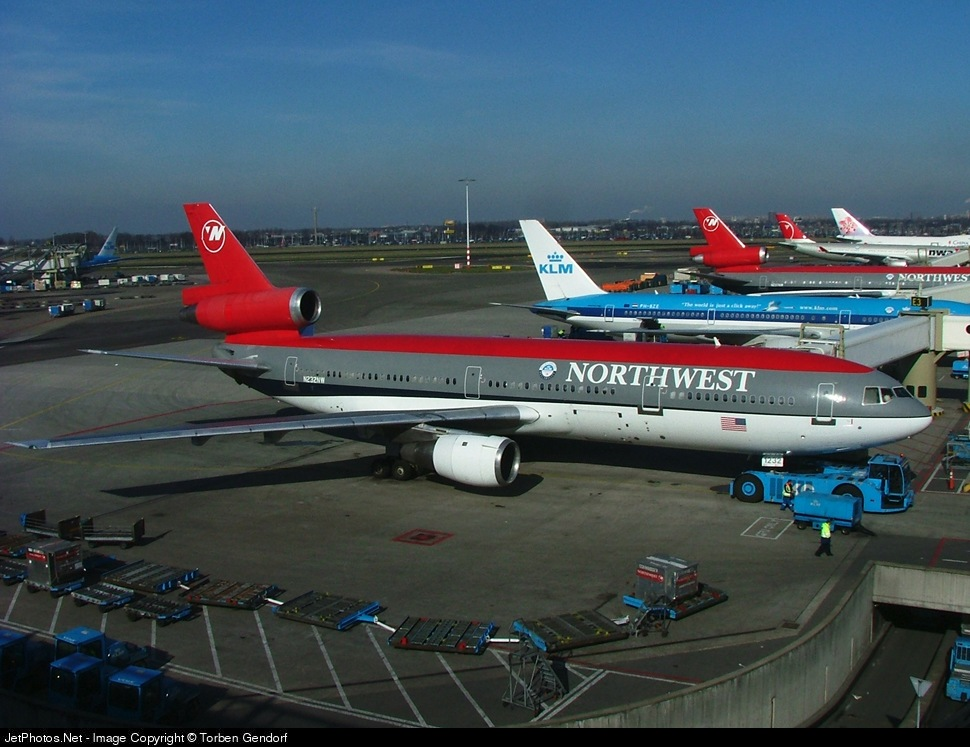 N323NW, Northwest, DC-10