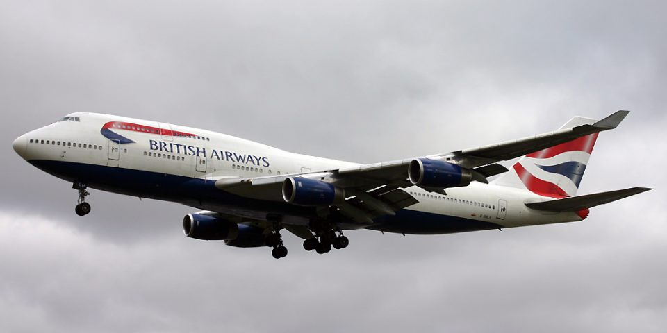 G-BNLM, British Airways, B747-400
