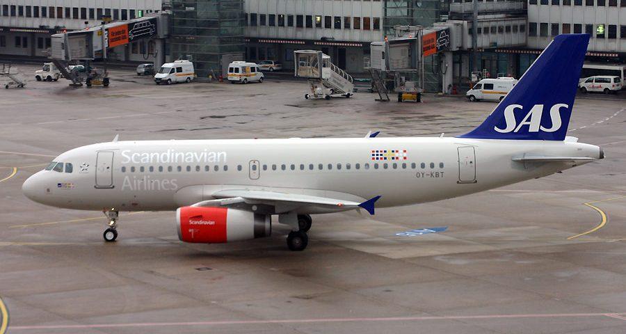 OY-KBT, SAS, A319