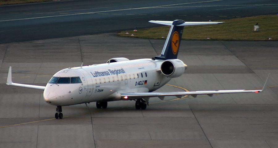 D-ACLZ, Lufthansa Regional, CRJ-200