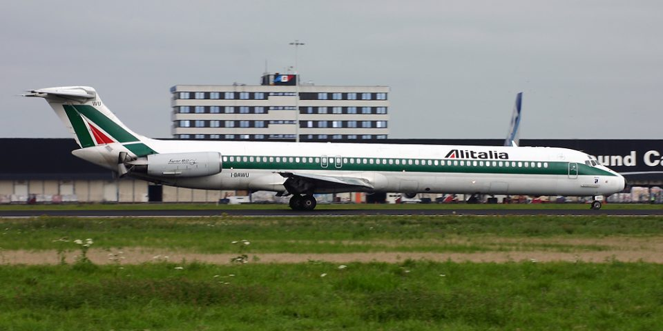 I-DAWU, Alitalia, MD-82
