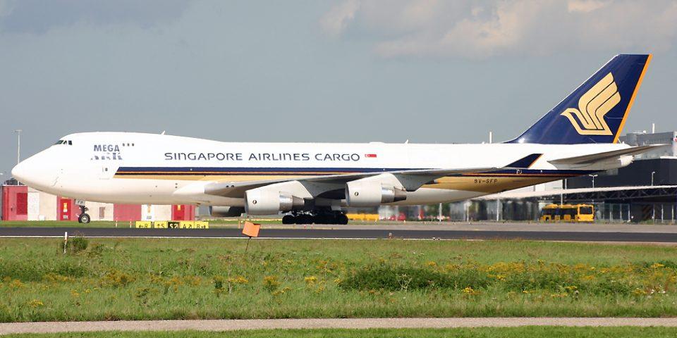 9V-SFP, Singapore Airlines, B747-400F