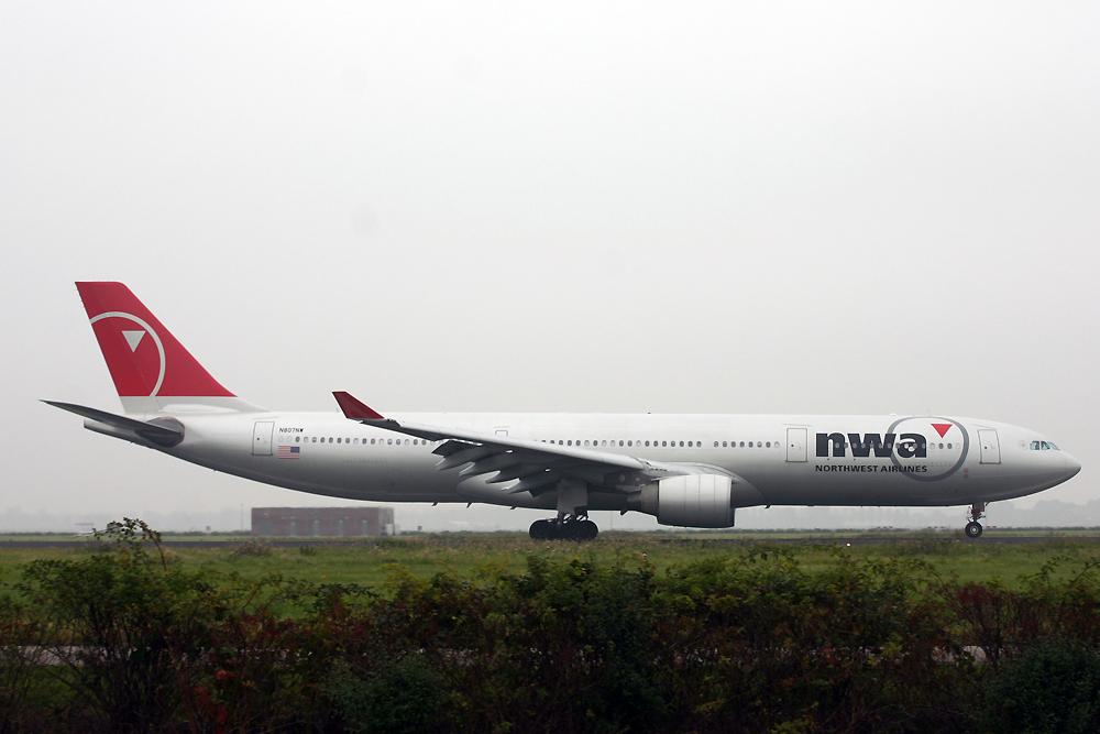 N807NW, Northwest, A330-200