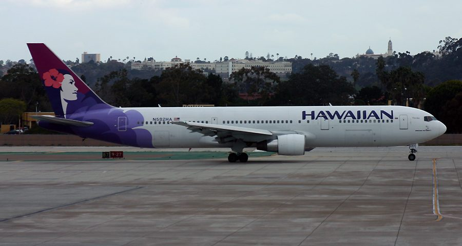 N582HA, Hawaiian, B767-300