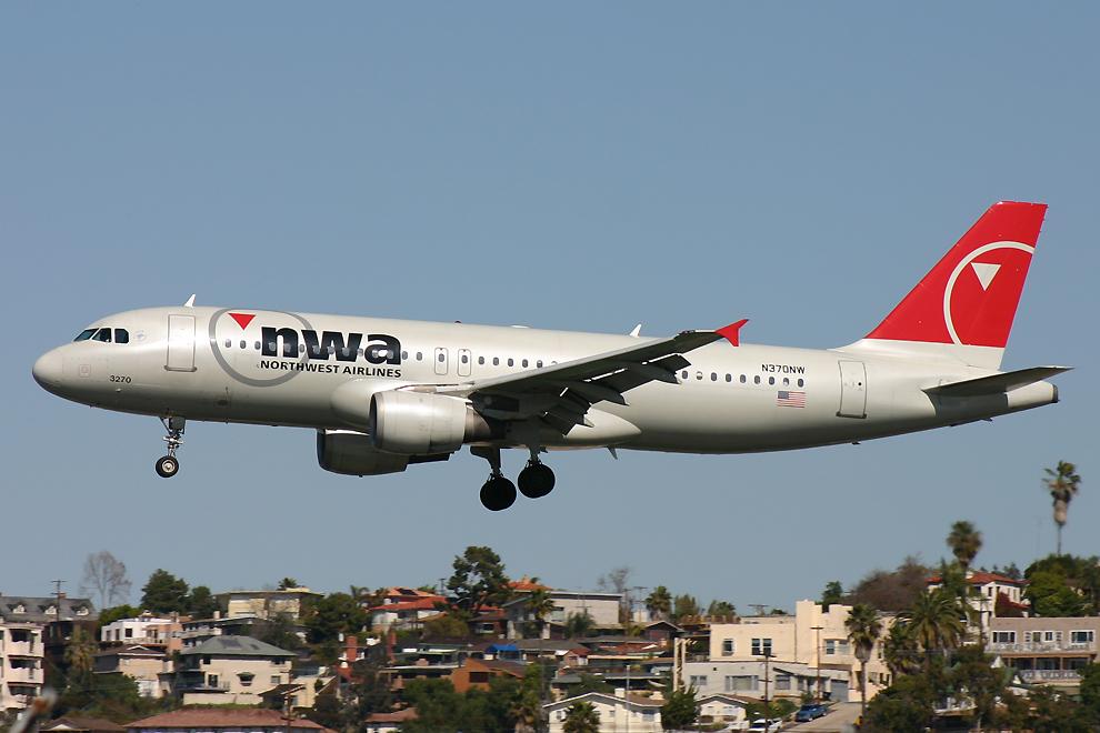 N370NW, Northwest, A320
