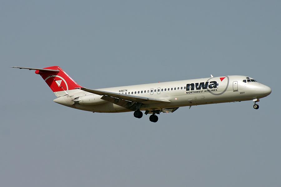 N967N, Northwest, DC-9