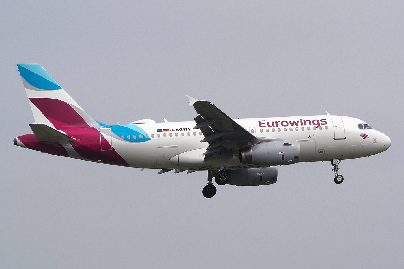 D-AGWY, Eurowings, A319