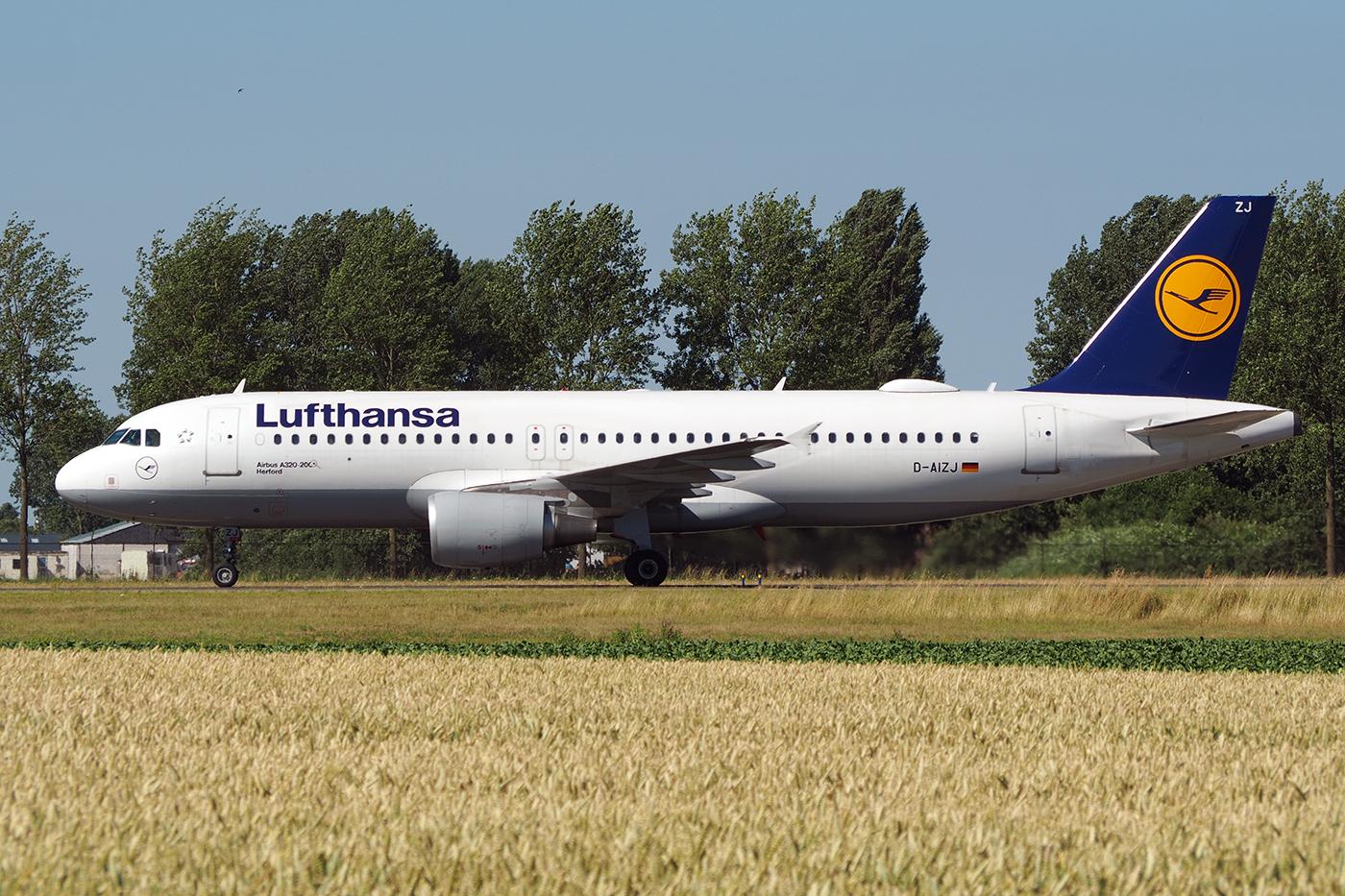 D-AIZJ, Lufthansa, A320