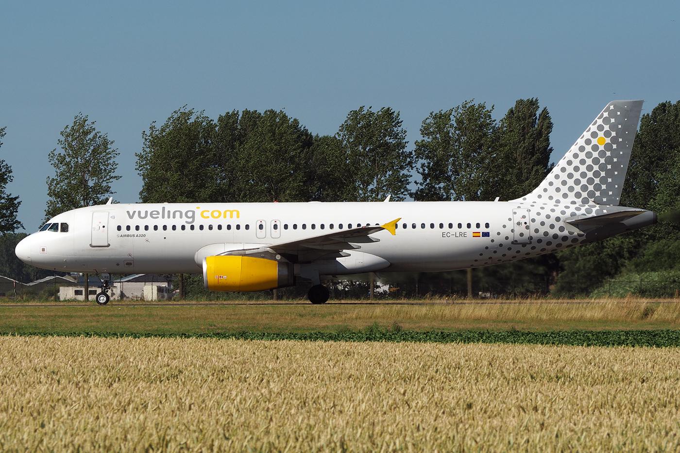 EC-LRE, Vueling, A320