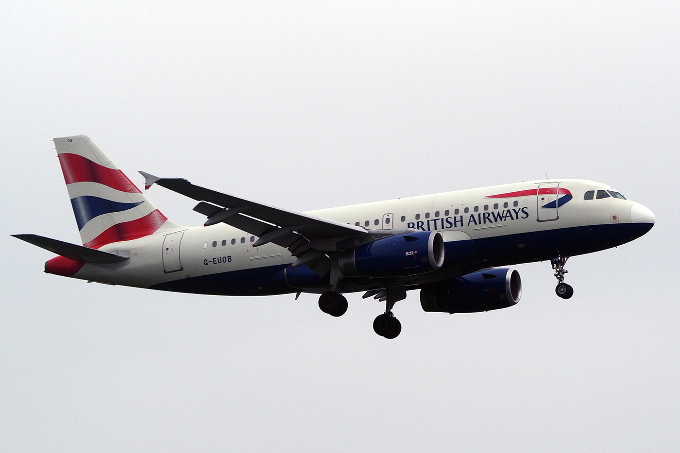 G-EUOB, British Airways, A319