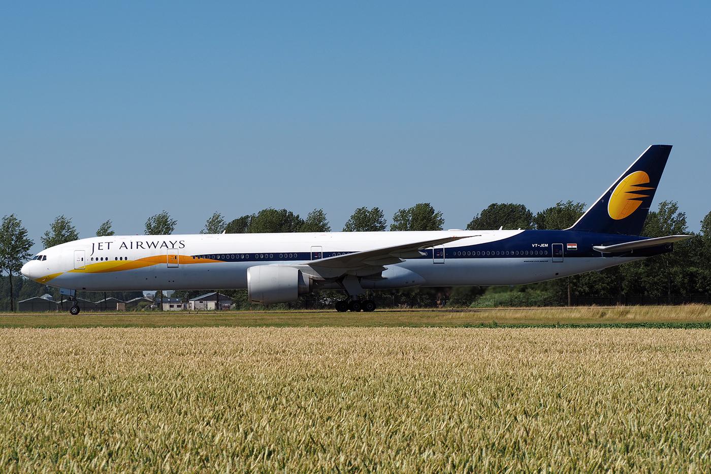 VT-JEM, Jet Airways, B777-300